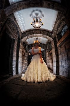 Disney Haunted Mansion Wedding Photos. Oh I would give anything for this and then have a jack & Sally party