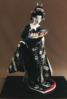 """Zashiki-mai Michinari-ji"" (Zashiki Dance Michinari Temple) by Kyoto doll maker Shisui Sekihara"