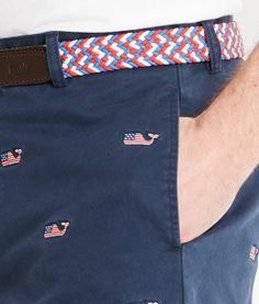 Vineyard Vines  Whale shorts