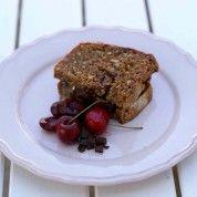 Ostesmørbrød med balsamicomarinerte moreller og mørk sjokolade