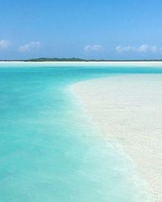 """2,787 Likes, 30 Comments - Bahamas (@itsbetterinthebahamas) on Instagram: """"Incoming tides  #exuma #bahamas #itsbetterinthebahamas #fyrefestival"""""""