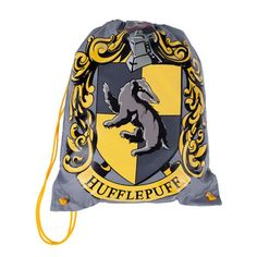 Universal Studios Harry Potter Drawstring Hufflepuff Backpack The Hufflepuff crest fills the face side of this grey, nylon backpack and a yellow cord secures the opening. New with tags HARRY POTTER, c Hufflepuff Merchandise, Slytherin And Hufflepuff, Harry Potter Merchandise, Harry Potter Room, Harry Potter Houses, Harry Potter World, Hogwarts Houses, Estilo Harry Potter, Universal Studios