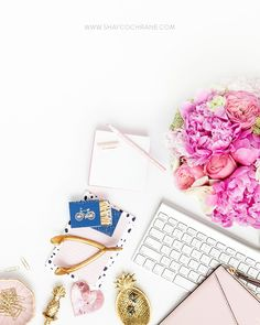 Styled Stock Photography for bloggers Girl Bosses and Boss Ladies. Free monthly styled stock images via SC Insider Newsletter. Styled Desktop.