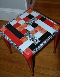 Duct Tape Table Adorable