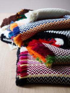 Oslo designer Andreas Engesvik has created a series of blankets inspired by the textiles of Norwegian folk costumes Textures Patterns, Fabric Patterns, Dwell On Design, Neutral Sofa, Boho Life, Fabric Rug, Weaving Projects, Plaid Design, Loom Knitting