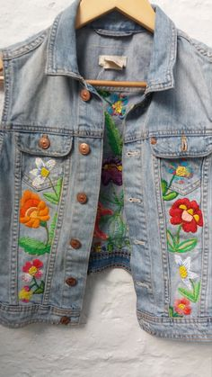 UpCycled Vintage Denim Waistcoat/jacket/vest With Floral Hand Embroidered Design Size boho festival style Denim Jacket Embroidery, Embroidered Denim Jacket, Embroidery On Clothes, Embroidered Clothes, Recycled Fashion, Recycled Denim, Upcycled Vintage, Vintage Denim, Festival Stil