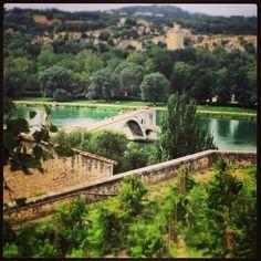 Sur le Pont d'Avignon...