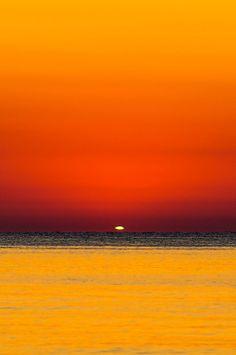 Sunrise - Green ray