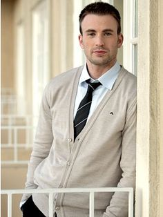 lightweight buttoned sweater. I like the tie paired with it. Kind of looks preppy but not in a bad way. (Chris Evans)