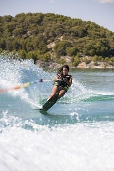 Learn to waterski