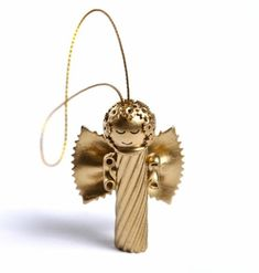 Crafting Christmas Angels - Over 20 DIY Craft Ideas - Christmas Tinker - Crafting Noodle Ange Christmas Pasta, Christmas Ornaments To Make, Angel Ornaments, Christmas Crafts For Kids, Christmas Angels, Christmas Projects, All Things Christmas, Holiday Crafts, Christmas Holidays