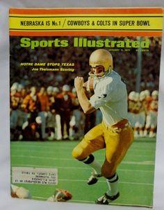 Sports Magazine Covers: Joe Theismann Football Program, College Football, Football Trading Cards, Baseball Cards, Sports Magazine Covers, Go Irish, Sports Illustrated Covers, Notre Dame Football, Fighting Irish