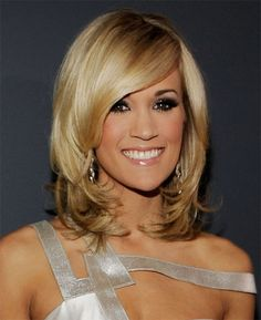 Carrie Underwood Layered Medium Hairstyle and Side Swept Bangs | Beauty Hair Styles