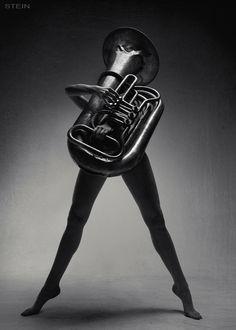 hahaha, tuba with legs