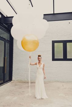 Add a touch of wow factor with these Geronimo Balloons #weddingdecor