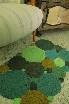 "idea for afghan?  ...  Pretty ""Crochet Circles Rug""!"