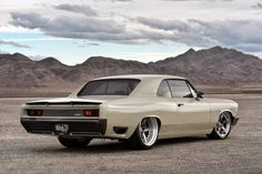 "Ringbrothers ""Recoil"" 1966 Chevelle Unveiled at SEMA"