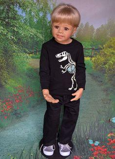 "Masterpiece Delaney Re-dressed as Danny by Monika Levenig 39"" Vinyl #Masterpiece #Dolls"