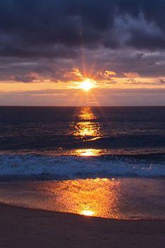 Evening sun rays and sea | nature | | sunrise | | sunset | #nature https://biopop.com/