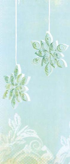 Decorative paper quilling
