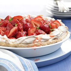 This Strawberry Meringue Pie is a fluffy and fruity dessert! More strawberry dessert recipes: http://www.bhg.com/recipes/desserts/fruit/strawberry/strawberry-desserts/?socsrc=bhgpin060213strawberrymeringue=10