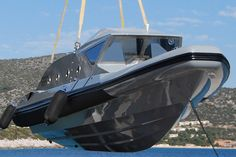Boat Discover The Marvel Armored Boat Will Protect You at Sea Fast Boats, Cool Boats, Speed Boats, Power Boats, Small Boats, Yacht Design, Boat Design, Aigle Animal, Explorer Yacht