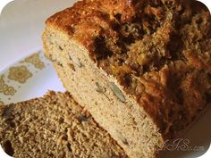 Squash Spice Loaf - use any squash from acorn and butternut to pumpkin Spice Bread, Spice Cake, Squash Cakes, Buttercup Squash, Good Food, Yummy Food, Sweet Bread, Pumpkin Recipes, Healthy Baking