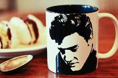 Elvis Presley .The King of Rock and Roll  Hand by bycandlelight27