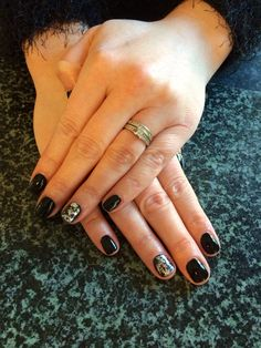 CND Shellac Blackpool with nail foil on ring finger