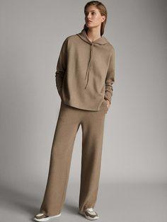 Massimo Dutti - Women - Jogging cape style sweater - Stone - S Sport Fashion, Fashion Outfits, Womens Fashion, Pullover Mode, Loungewear Outfits, Sports Trousers, Mode Blog, Pajamas Women, Sweater Fashion
