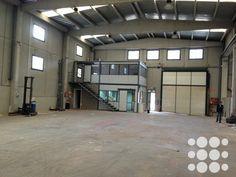 1000 images about naves industriales on pinterest industrial puertas and patio - Puertas para naves industriales ...
