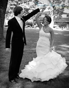 There is a bunch of prom pictures i've pinned, if you want to look at them i like them all! @Tiffany Hoskins