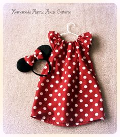 Adorable Homemade Minnie Mouse Halloween Costume