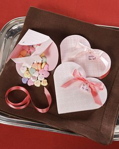 Valentine treat box template and tutorial...sweet little treats