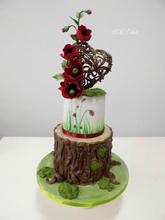 Poppies - Cake by MOLI Cakes