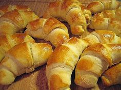 Recipes From Heaven, Hot Dog Buns, Food Inspiration, Biscuits, Recipies, Food And Drink, Bread, Baking, Koti