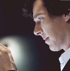 Oh Ben, how you so pretty? | Benedict Gifs - Imgur