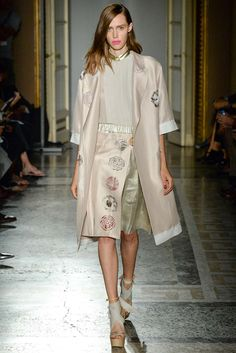 Aquilano.Rimondi Spring 2015 Ready-to-Wear - Collection - Gallery - Look 1 - Style.com