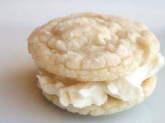 White velvet vanilla cookies? Yes, please! #vanilla #cookie #recipe