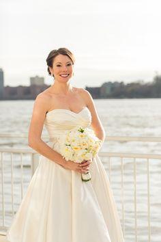 Elegant Pnina Tornai Wedding Dress