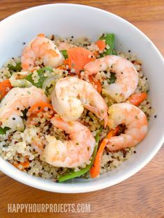 Quick and Easy Shrimp & Quinoa at www.happyhourprojects.com | Gluten-Free and Ready in 20 Minutes #ad #PAMInThePan