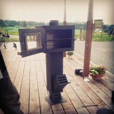 Rocket stove with oven