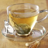 Cats with my tea? Yes please!!!