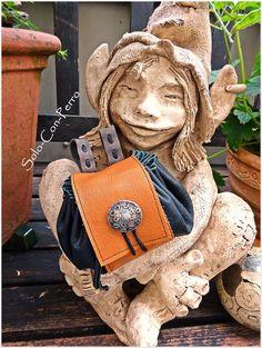 middleage purse - one of a kind + of course  handmade idea&design: Solo-Con-Perro