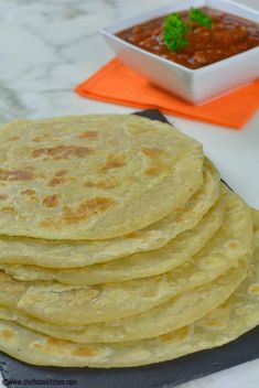 East African Chapati Recipe - How to make Chapati - Franka D. - East African Chapati Recipe - How to make Chapati East African Chapati Recipe - How to make Chapati - Chapati Recipes, Bread Recipes, Vegan Recipes, Cooking Recipes, Curry Recipes, South African Recipes, Indian Food Recipes, South African Dishes, African Chapati Recipe
