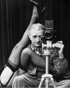 History Of Photography, Erotic Photography, People Photography, White Photography, Vintage Photography, Elvis Costello, Classic Camera, Art Corner, Photo Black