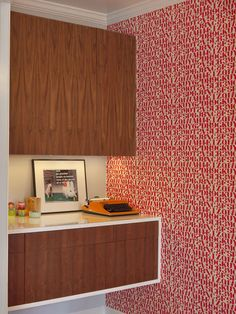 modern family room by Joel Snayd... I aspiration for kitchen cabinets