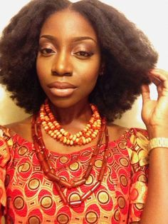 Yes to her hair Natural Afro Hairstyles, Cool Hairstyles, Blowout Hairstyles, Pelo Afro, Natural Hair Styles For Black Women, Natural Styles, Hair Affair, Natural Hair Inspiration, African American Hairstyles