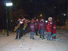 Ontwaak op 1e Kerstdag onder de kerstklanken van de Vlielandse fanfare. Vanaf 6.00 uur maken zij een rondgang door het dorp. Foto: Folkert Janssens