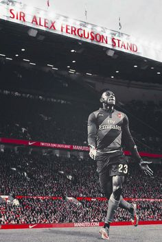 Mr Welbeck doing what Mr #Welbeck does best... #Arsenal